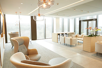 Zenith-Office-Reception